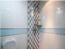 MAX Motel: bathroom