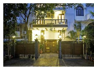 Stallen Suites Defence Colony
