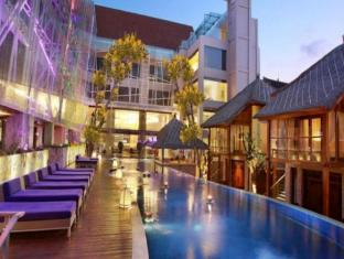 Grand Mega Resort & Spa Bali Bali - Swimming Pool