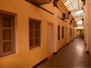 /hotel-orient/hotel/kanpur-in.html?asq=jGXBHFvRg5Z51Emf%2fbXG4w%3d%3d