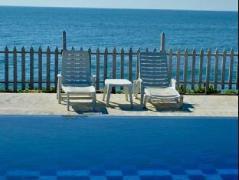 Peacock Beach Hotel | Sri Lanka Budget Hotels
