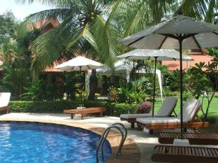 Baan Sai Yuan Phuket - Piscina