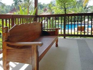 Baan Sai Yuan Phuket - balkon/terasa