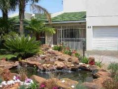 Renates Heim B & B | Cheap Hotels in Johannesburg South Africa