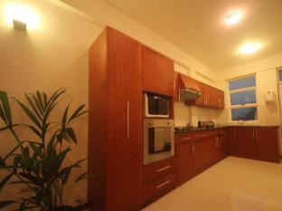 Unique Towers Luxury Boutique Suites Colombo - Kitchen