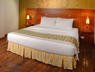 Unique Towers Luxury Boutique Suites Colombo - Guest Room
