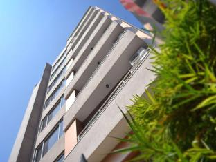 Unique Towers Luxury Boutique Suites Colombo - Exterior