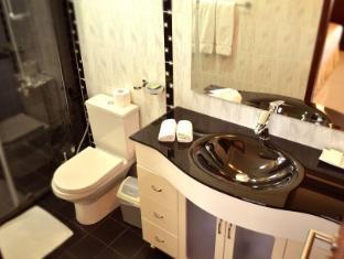 Unique Towers Luxury Boutique Suites Colombo - Bathroom