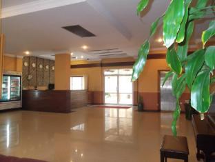Hotel 63 Yangon - Interior