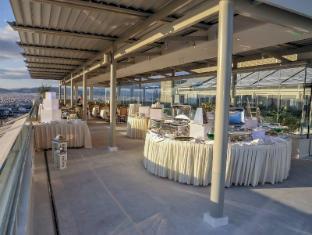 Titania Hotel Athens - Balcony/Terrace