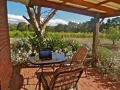 Australia Hotel Booking | Linger Longer Vineyard
