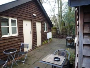 /woodland-lodge/hotel/broxbourne-gb.html?asq=jGXBHFvRg5Z51Emf%2fbXG4w%3d%3d