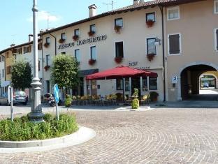 /el-gr/albergo-montenegro/hotel/maniago-it.html?asq=jGXBHFvRg5Z51Emf%2fbXG4w%3d%3d