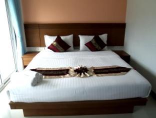 Baan Suwan Guesthouse Phuket - Deluxe Room