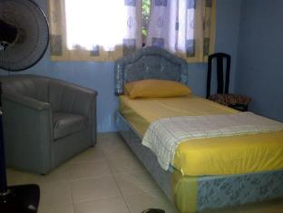 Airport Guest House Kuching - Single Room With Fan