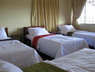 Beds Guesthouse Kuching - Loft Room