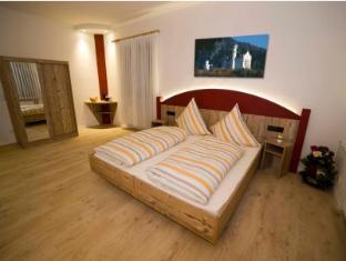 /alpchalet-schwanstein/hotel/buching-de.html?asq=jGXBHFvRg5Z51Emf%2fbXG4w%3d%3d