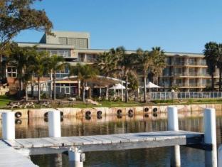 /beachcomber-hotel/hotel/central-coast-au.html?asq=jGXBHFvRg5Z51Emf%2fbXG4w%3d%3d