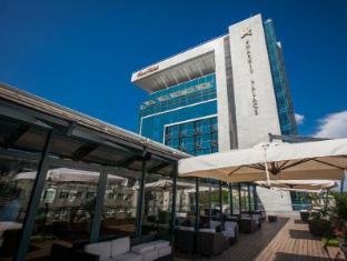 /premier-palace-hotel-kharkiv/hotel/kharkiv-ua.html?asq=jGXBHFvRg5Z51Emf%2fbXG4w%3d%3d