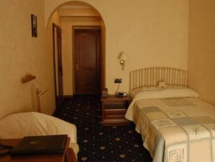 /impressa-hotel/hotel/kiev-ua.html?asq=jGXBHFvRg5Z51Emf%2fbXG4w%3d%3d