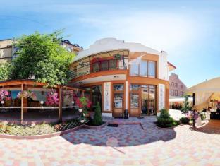 /leotel-hotel/hotel/lviv-ua.html?asq=jGXBHFvRg5Z51Emf%2fbXG4w%3d%3d
