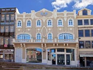 /en-sg/moov-hotel-porto-centro/hotel/porto-pt.html?asq=jGXBHFvRg5Z51Emf%2fbXG4w%3d%3d