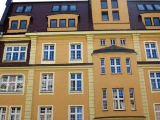 /hostel-wratislavia/hotel/wroclaw-pl.html?asq=5VS4rPxIcpCoBEKGzfKvtBRhyPmehrph%2bgkt1T159fjNrXDlbKdjXCz25qsfVmYT
