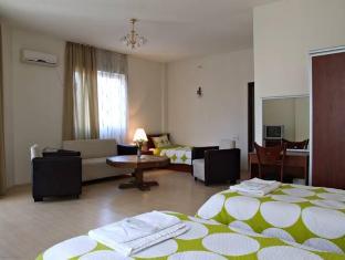 /armazi-palace/hotel/tbilisi-ge.html?asq=vrkGgIUsL%2bbahMd1T3QaFc8vtOD6pz9C2Mlrix6aGww%3d