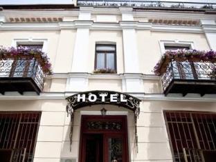 /sharden-villa-hotel/hotel/tbilisi-ge.html?asq=vrkGgIUsL%2bbahMd1T3QaFc8vtOD6pz9C2Mlrix6aGww%3d