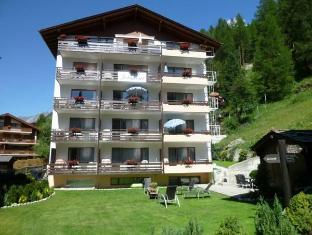 /jolimont-apartments/hotel/zermatt-ch.html?asq=gl4%2bLFvmHolqZ0WKJatt0dac92iHwJkd1%2fkVz6PlgpWhVDg1xN4Pdq5am4v%2fkwxg