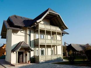 /apartments-vila-marjetica/hotel/bled-si.html?asq=jGXBHFvRg5Z51Emf%2fbXG4w%3d%3d