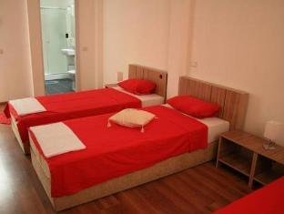 /x-hostel-bucharest/hotel/bucharest-ro.html?asq=jGXBHFvRg5Z51Emf%2fbXG4w%3d%3d