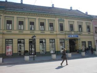 /hotel-vojvodina/hotel/novi-sad-rs.html?asq=vrkGgIUsL%2bbahMd1T3QaFc8vtOD6pz9C2Mlrix6aGww%3d