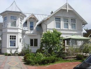 /naiza-guesthouse-and-apartments/hotel/jurmala-lv.html?asq=jGXBHFvRg5Z51Emf%2fbXG4w%3d%3d