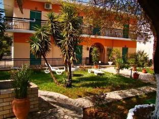 /maritsas-apartments/hotel/corfu-island-gr.html?asq=5VS4rPxIcpCoBEKGzfKvtBRhyPmehrph%2bgkt1T159fjNrXDlbKdjXCz25qsfVmYT
