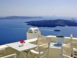 /blue-dolphins-apartments/hotel/santorini-gr.html?asq=jGXBHFvRg5Z51Emf%2fbXG4w%3d%3d