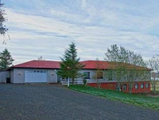 /bjarnargerdi-guesthouse/hotel/akureyri-is.html?asq=vrkGgIUsL%2bbahMd1T3QaFc8vtOD6pz9C2Mlrix6aGww%3d