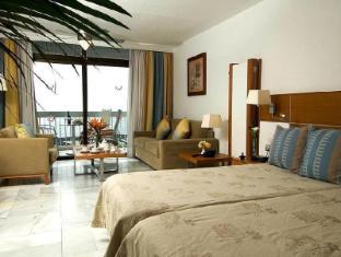 /nl-nl/palm-beach-club-apartment/hotel/tenerife-es.html?asq=vrkGgIUsL%2bbahMd1T3QaFc8vtOD6pz9C2Mlrix6aGww%3d