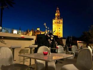 /sv-se/hotel-palacio-alcazar/hotel/seville-es.html?asq=vrkGgIUsL%2bbahMd1T3QaFc8vtOD6pz9C2Mlrix6aGww%3d
