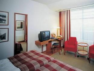 /nl-nl/scandic-simonkentta/hotel/helsinki-fi.html?asq=m%2fbyhfkMbKpCH%2fFCE136qdm1q16ZeQ%2fkuBoHKcjea5pliuCUD2ngddbz6tt1P05j