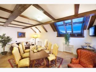 /charles-bridge-palace-hotel/hotel/prague-cz.html?asq=jGXBHFvRg5Z51Emf%2fbXG4w%3d%3d