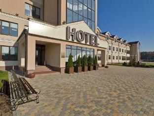 /robins-club/hotel/minsk-by.html?asq=5VS4rPxIcpCoBEKGzfKvtBRhyPmehrph%2bgkt1T159fjNrXDlbKdjXCz25qsfVmYT