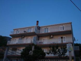 /villa-bingo/hotel/cavtat-hr.html?asq=jGXBHFvRg5Z51Emf%2fbXG4w%3d%3d