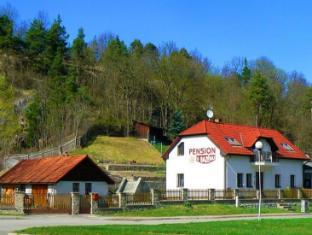 /pension-fialka/hotel/cesky-krumlov-cz.html?asq=jGXBHFvRg5Z51Emf%2fbXG4w%3d%3d