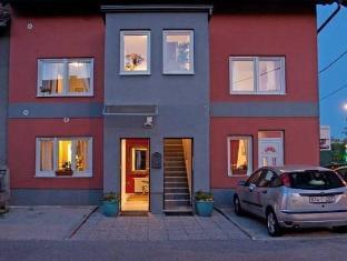 /es-es/celic-art-apartments/hotel/zagreb-hr.html?asq=vrkGgIUsL%2bbahMd1T3QaFc8vtOD6pz9C2Mlrix6aGww%3d