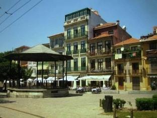 /porto-wine-hostel/hotel/porto-pt.html?asq=5VS4rPxIcpCoBEKGzfKvtBRhyPmehrph%2bgkt1T159fjNrXDlbKdjXCz25qsfVmYT