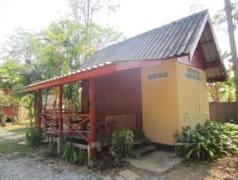 Suwan Guesthouse & Resort | Thailand Cheap Hotels