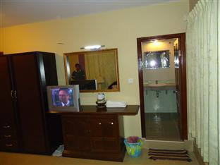 Spring Park Hotel Battambang - Double with AC