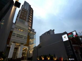 /es-es/gino-feruci-braga-hotel/hotel/bandung-id.html?asq=jGXBHFvRg5Z51Emf%2fbXG4w%3d%3d