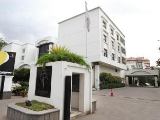 /sv-se/hotel-green-park-hyderabad/hotel/hyderabad-in.html?asq=vrkGgIUsL%2bbahMd1T3QaFc8vtOD6pz9C2Mlrix6aGww%3d